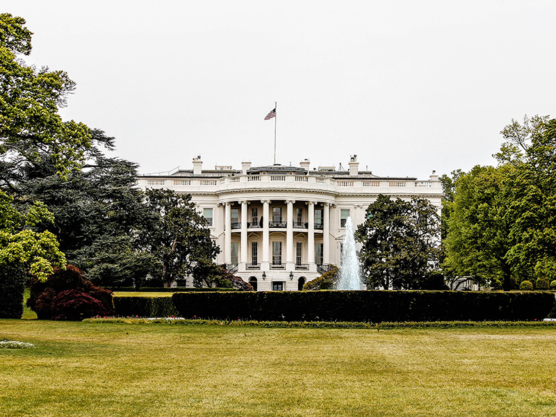 Photo of exterior of the White House in Washington D.C.